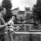 Turistas; corriendo por Paris