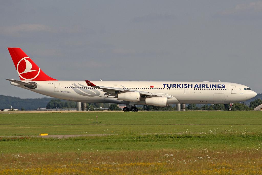 Turkish Airlines Airbus A340-313X TC-JII