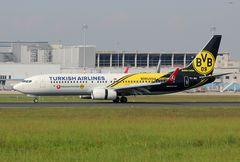 Turkish Airlines Boeing 737-8F2 TC-JHU