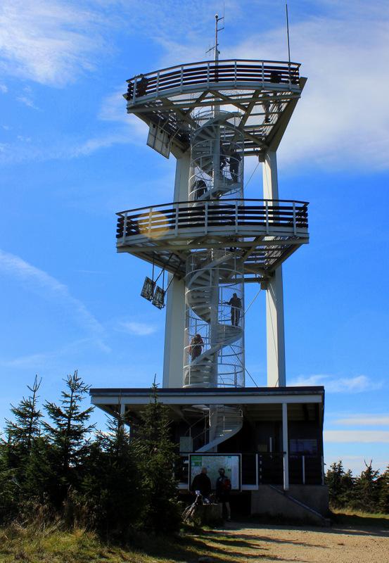 Turm auf der Tafelfichte,dem zweithöchsten Berg des Isergebirges