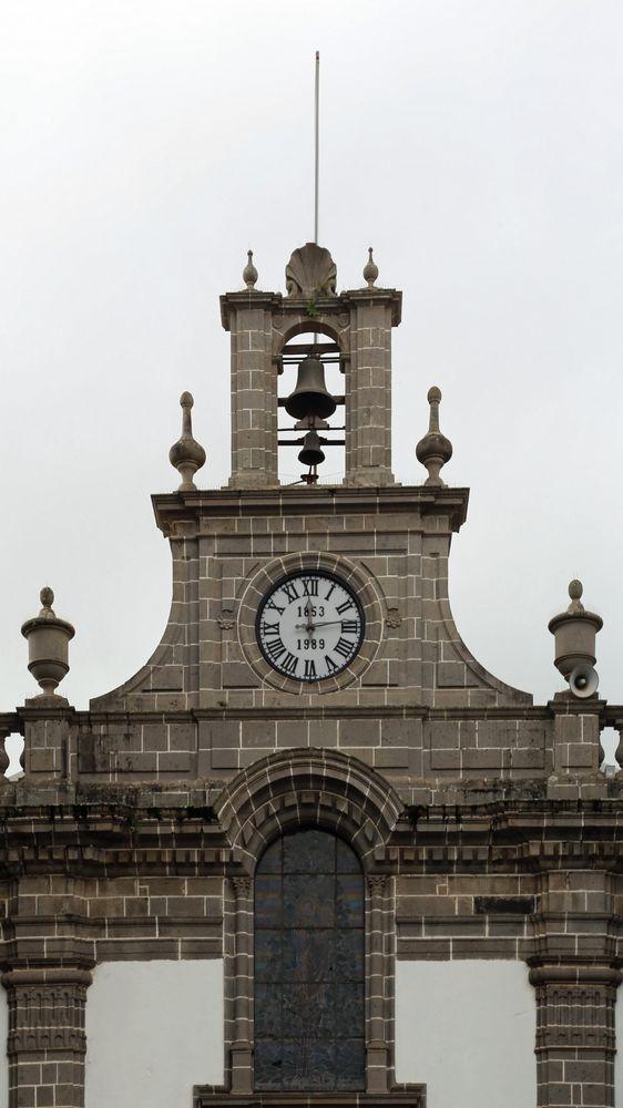 "Turm der Stadtkirche ""Nuestra Señora del Pino"" in Teror, Gran Canaria"