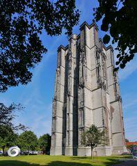 Turm des Sint-Lievens-Münsters