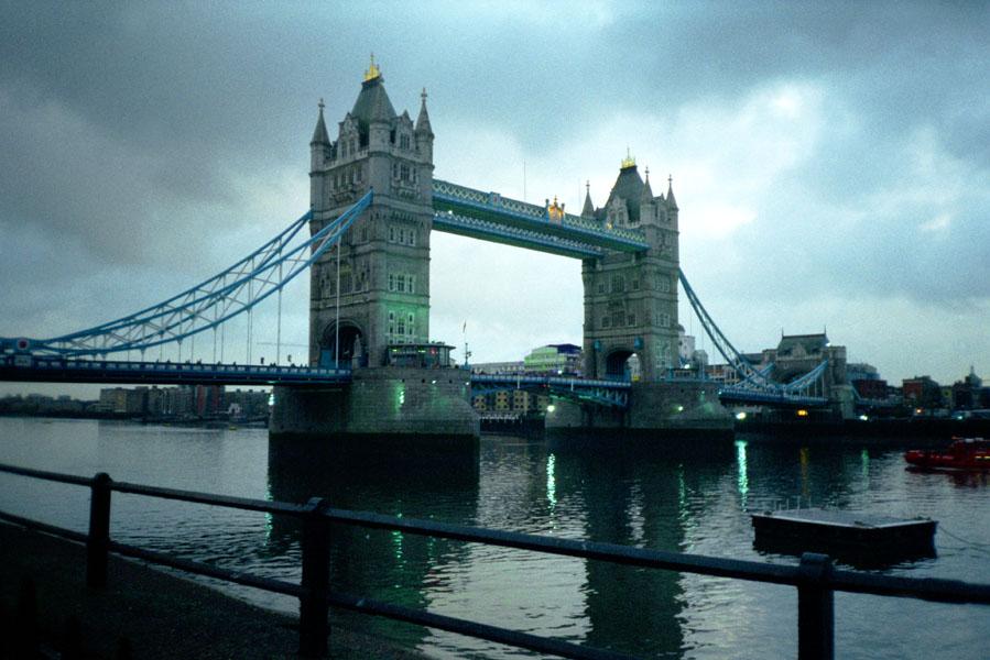 Turmbrücke ...