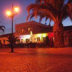 Turn your lights down low - Sagres - Praca da Republica (available light)