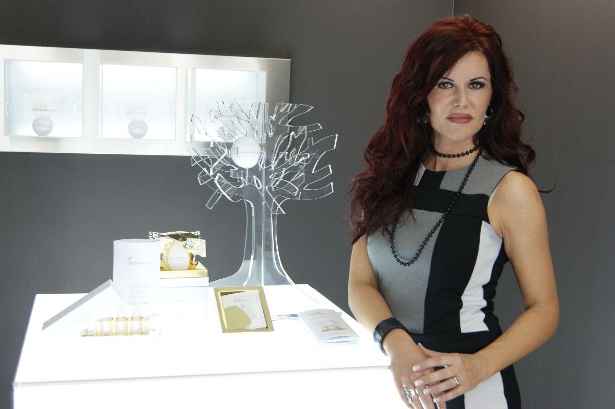 tv werbung foto bild modelle stellen sich vor weibliche modelle deutschland bilder auf. Black Bedroom Furniture Sets. Home Design Ideas