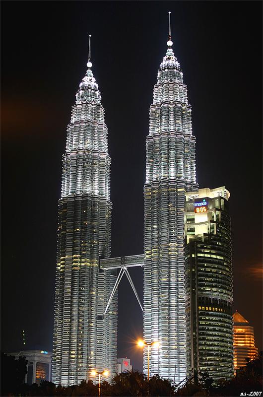 Twin  Towers @ Night