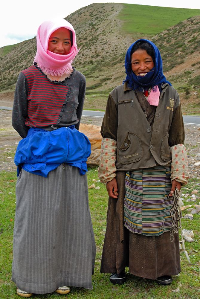 Two Tibetan beauties at Namtso (Lake)