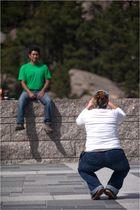 typische Fotografenhaltung