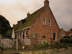 Typisches Einfamilienhaus in Ostfriesland