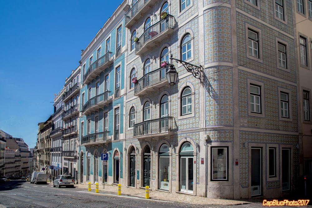 Typisches Wohnhaus in Lisboa mit Azulejos