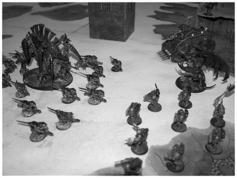 Tyraniden vs. Chaos Space Marines b/w