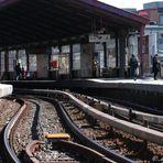 U-Bahn-Gleise aus einer ungewohnten Perspektive