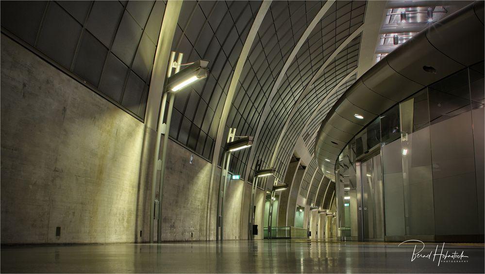 U-Bahn Heumarkt ....