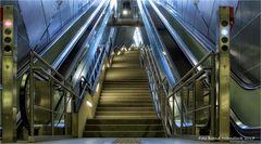 U-Bahn im Veedel  ...