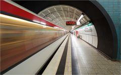 U-Bahn Messehallen 1