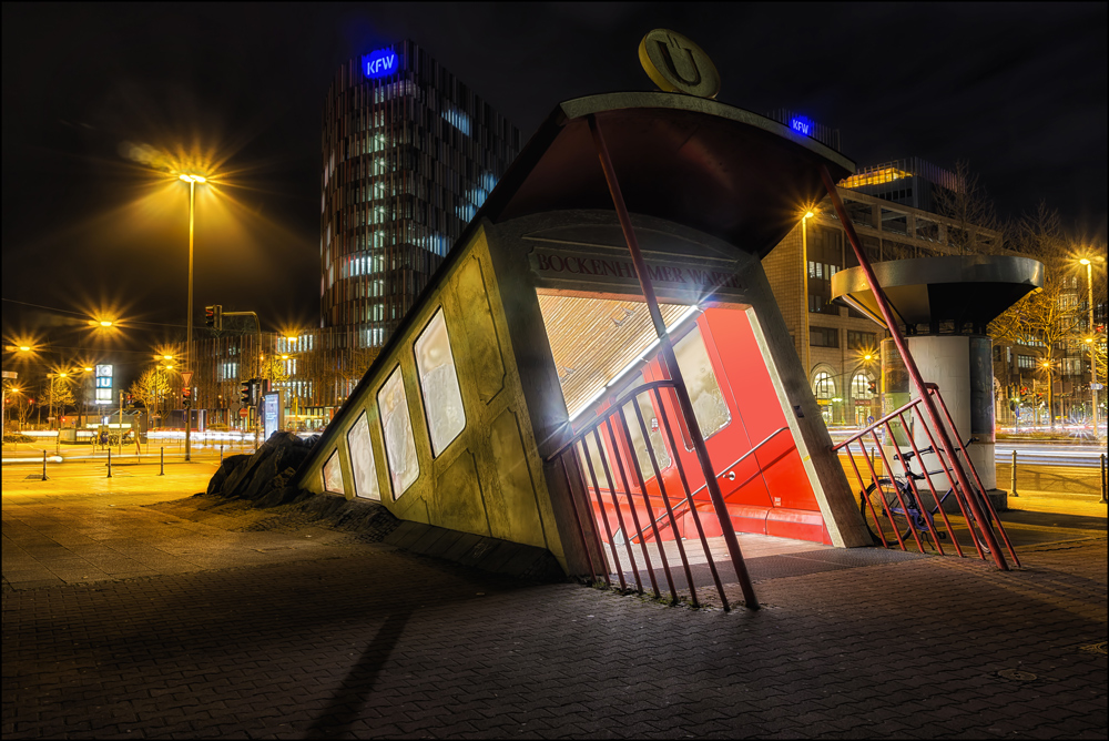 U-Bahn-Station-Blick II