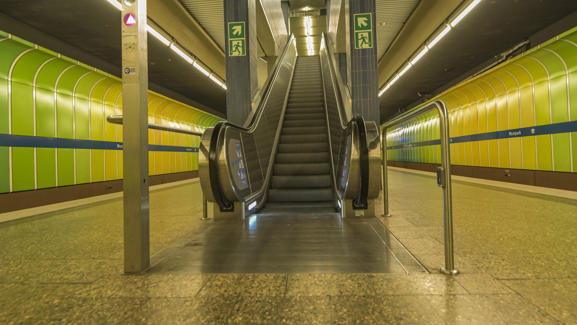 U-Bahn-Station zu Coronazeiten