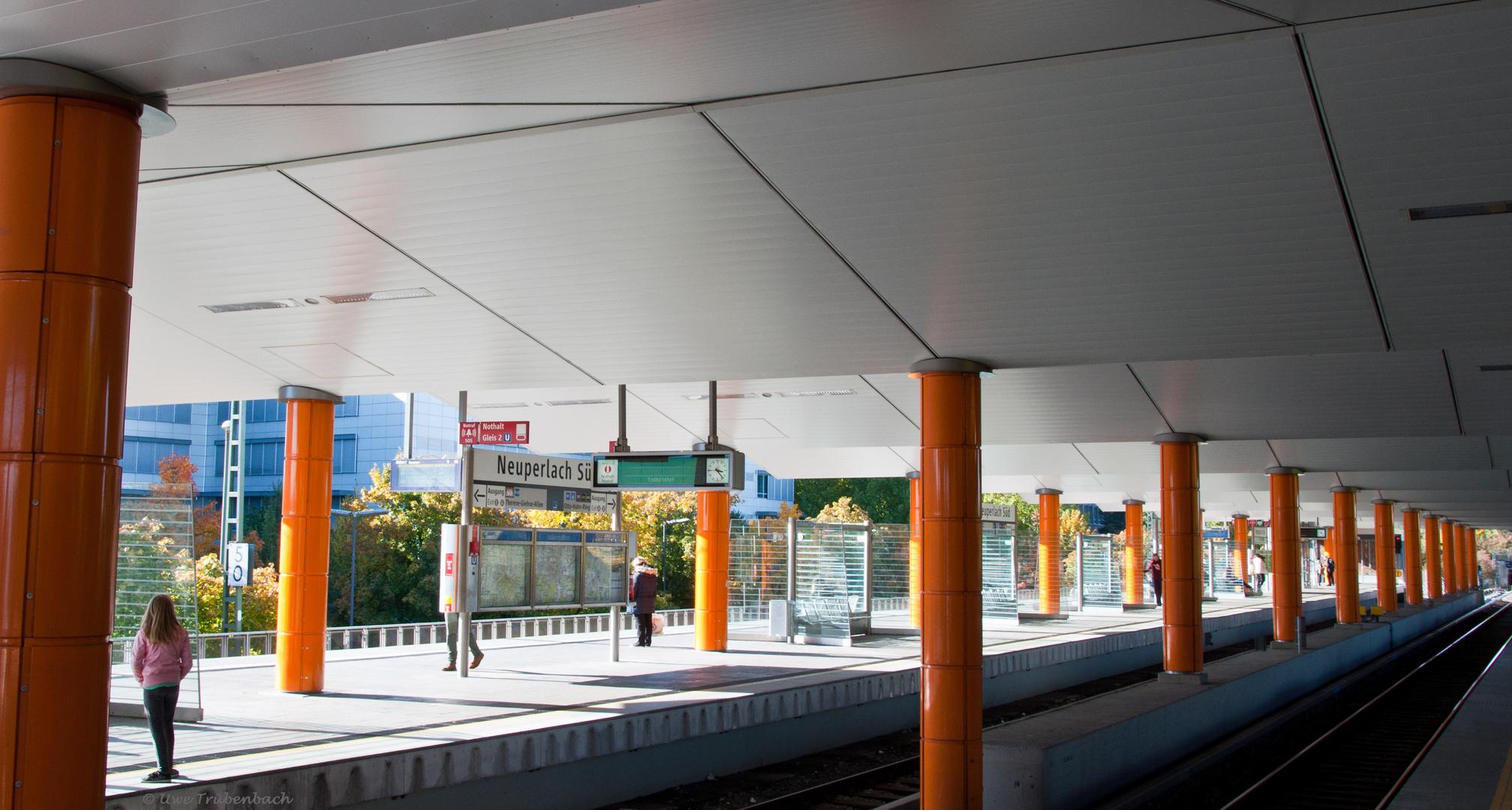U-Bahnhof Neuperlach Süd (1)