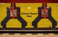 U-Bahnhof Richard-Wagner-Platz, ...