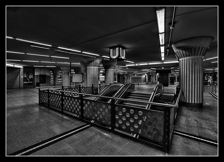 ~ U-Bahnstation 3 ~