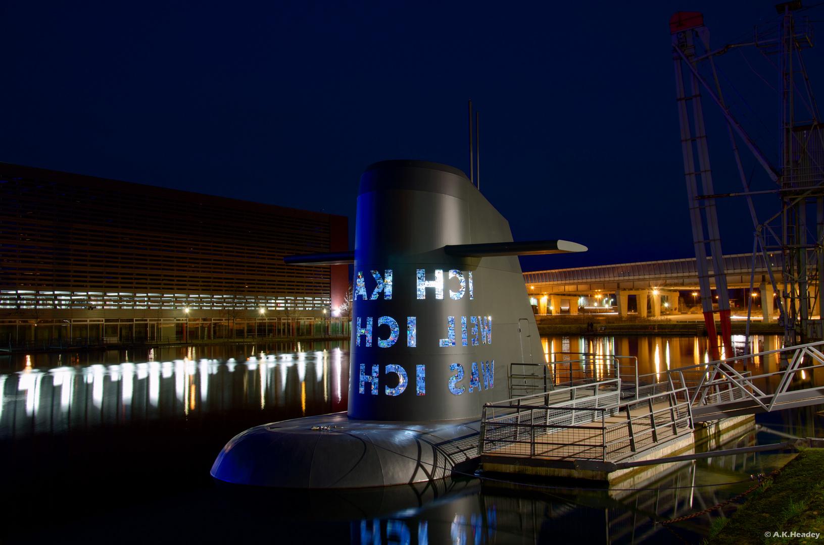 U-Boot im Duisburger Hafen