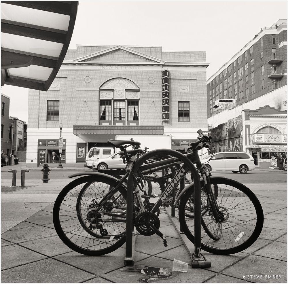 U-Scape No.6 - Bikes + Landmarks