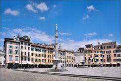 Udine - Piazza Giacomo Matteotti (2)