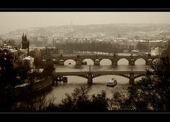 Über 7 Brücken ....