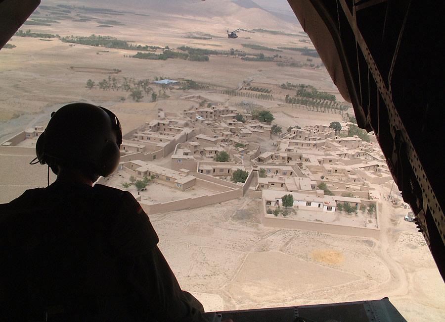 über Afghanistan