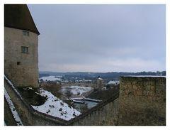 ueber Burgmauer gschaut.....