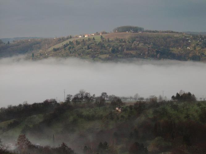 über dem nebel...