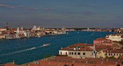 Über den Dächern der Lagunenstadt - Venedig -