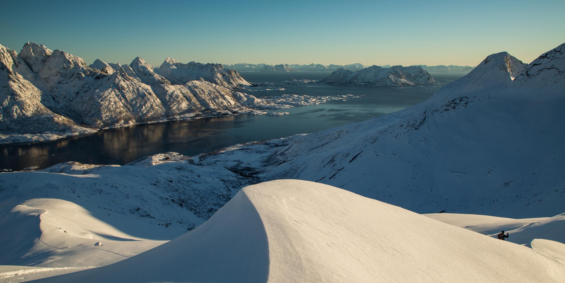 Über den Fjorden...