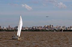 über den Rio de la Plata nach Buenos Aires