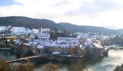 Über den weißen Dächern von Laufenburg (CH)