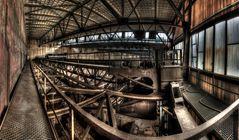 Über der Kranbahn im Maschinenhaus