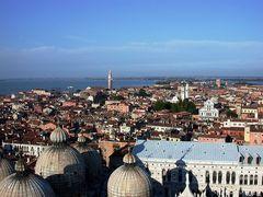 Über die Dächer vom Venedig