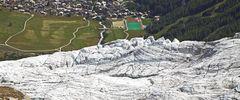 Über die Kannte des Feegletschers im Wallis 1000m tiefer geschaut...