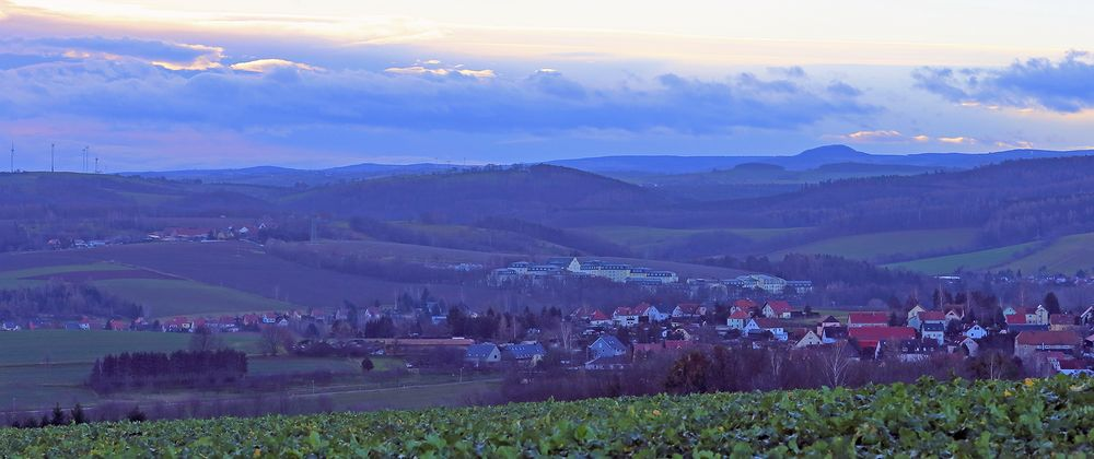 Über Kreischa und dem Osterzgebirge ein stimmungsvoller Blick am heiligen Abend...