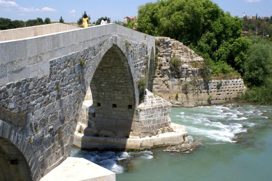 Über sieben Brücken mußt Du gehen...