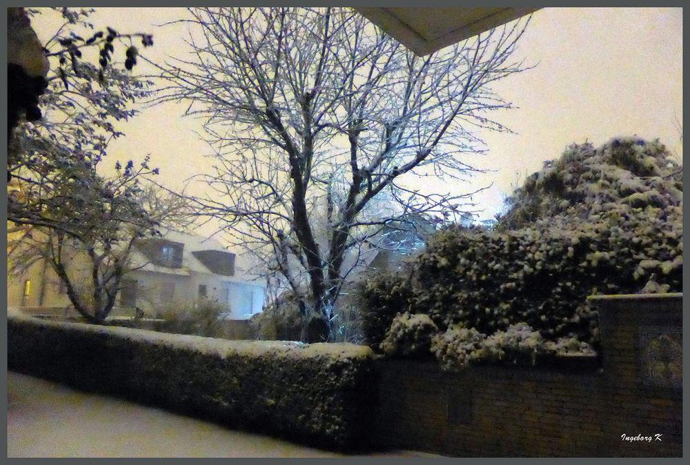 Überraschung - Schnee um 22,40Uhr