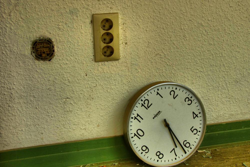 Uhr im alten AK Barmbek