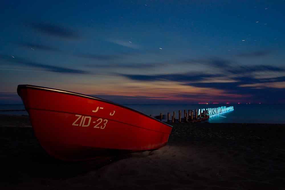 um Mitternacht am Strand