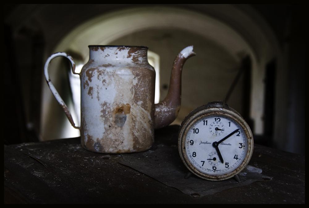 um neun nach fünf gibts Kaffee !