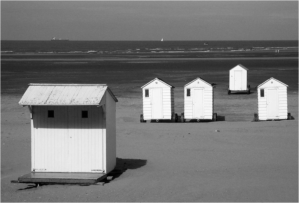 Umkleide-Häuschen am Strand von Zeebrugge (B)