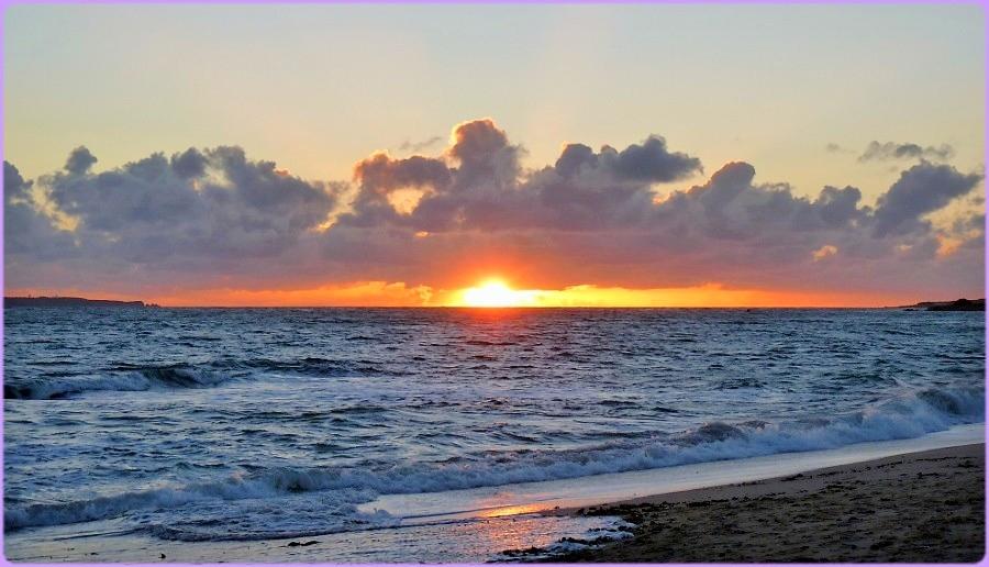 Un Coucher De Soleil Sur La Mer Photo Et Image Paysages Mers Et