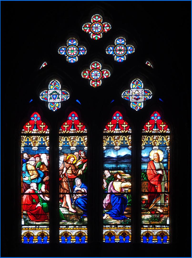 Un des très beaux vitraux de la Cathédrale Sainte-Marie de Bayonne