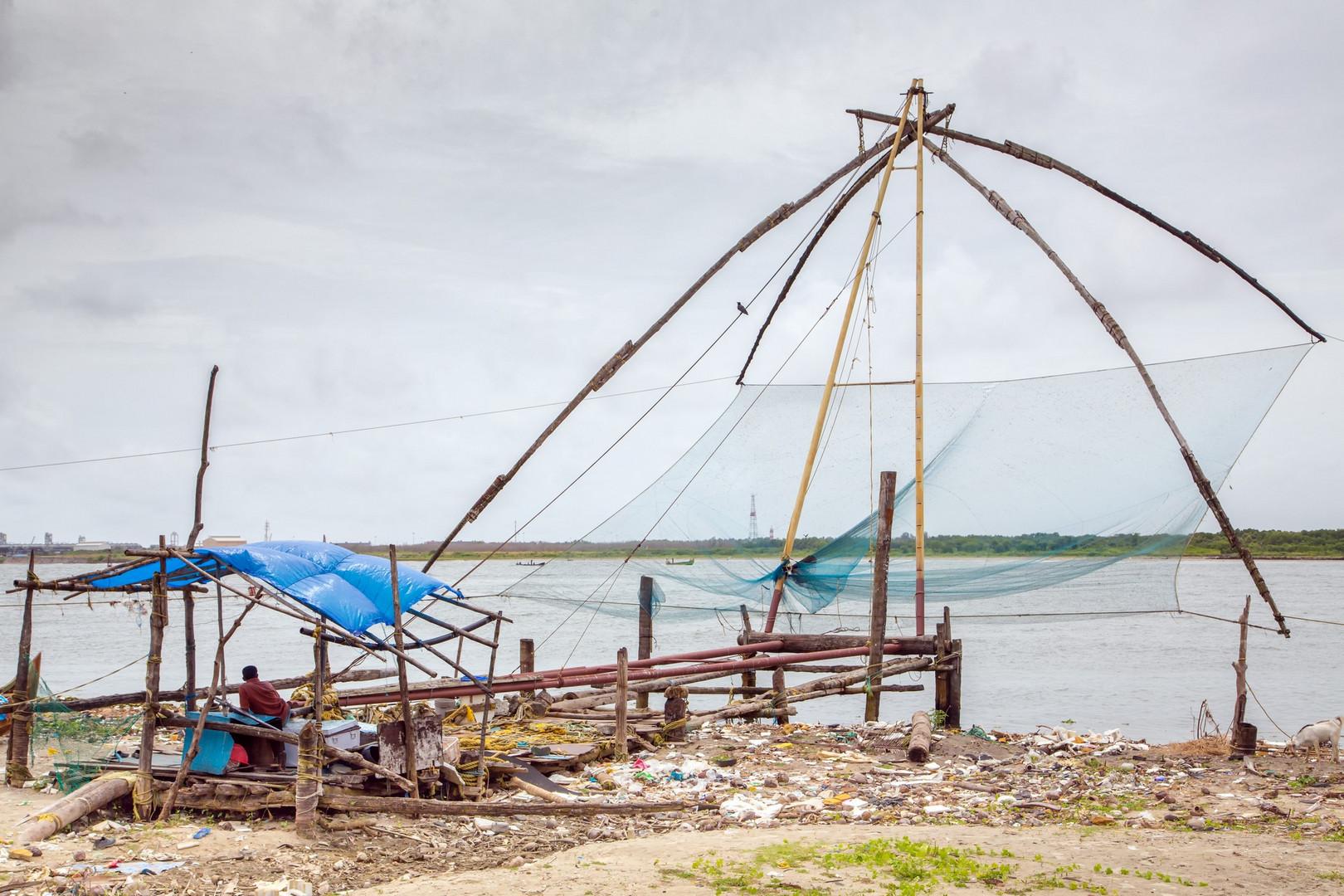 Un filet de pêche chinois : ces filets constituent une des attractions touristiques de Cochin