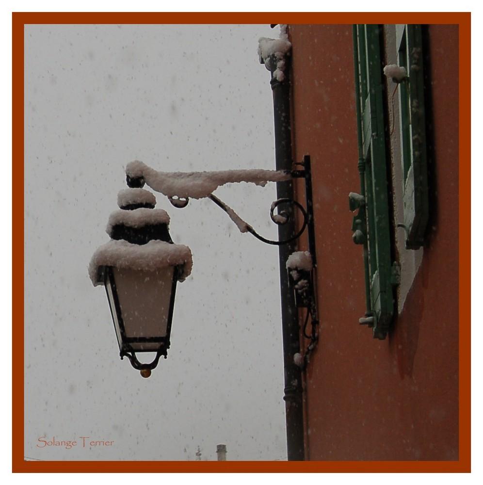 un lampadaire de mon village