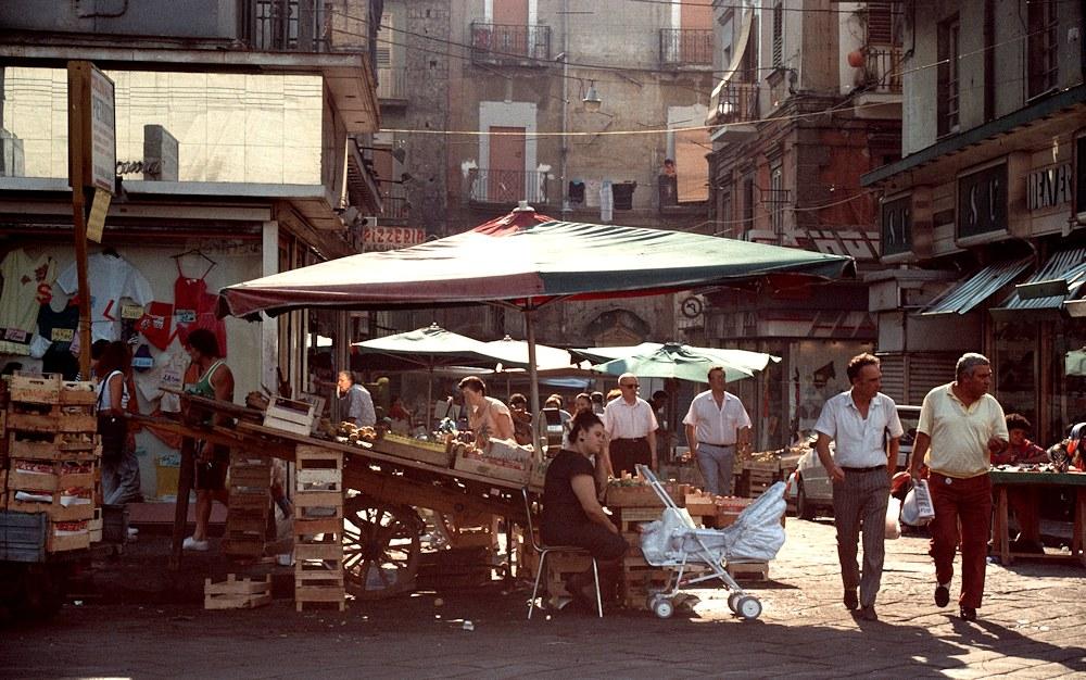Un Mercato a Napoli